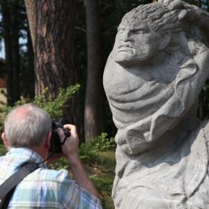 0110 Der Skulptur auf der Spur
